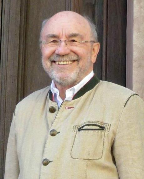 Gerd Micheal Koehler ist Dozent für Ikonographie an der Winckelmann Akademie fuer Kunstgeschichte Muenchen.